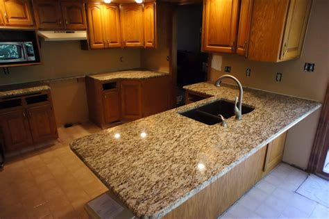santa cecilia tenholder heartland granite quartz