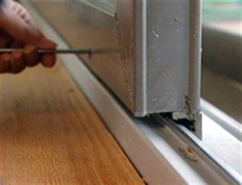 hometime how to repairs maintenance rehanging screen doors