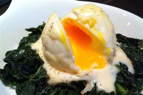 blanchir cuisine œufs mollets à la florentine revisités cuisine et vanity