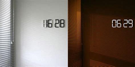 black white digital wall clock gadgetsin