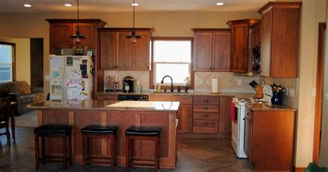 organize kitchen cabinets cherry cabinets finished in toffee with chocolate glaze 1241
