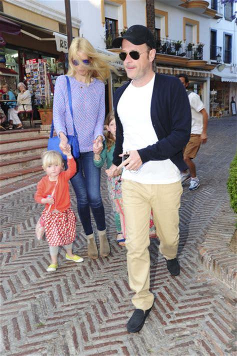 claudia schiffer and family claudia schiffer photos photos claudia schiffer shops