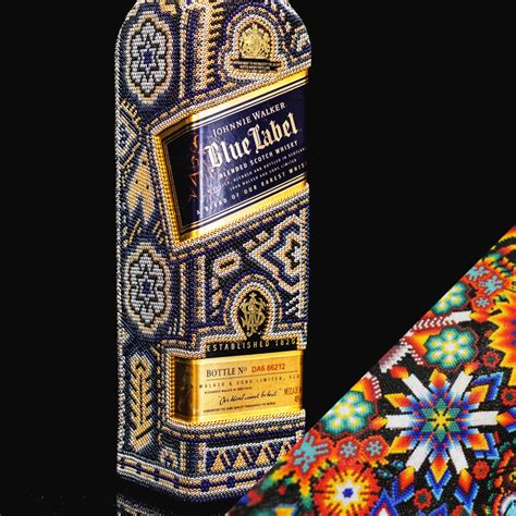 Whisky y arte Huichol
