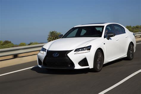 lexus bmw can the lexus gs f compete with the bmw m5
