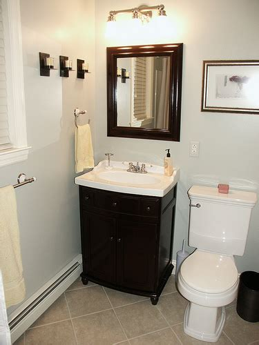 simple small bathroom decorating ideas simple bathroom remodel design idea