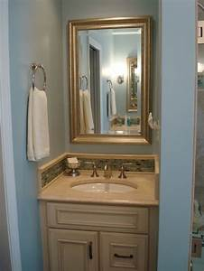 Best 25+ Blue small bathrooms ideas on Pinterest Blue