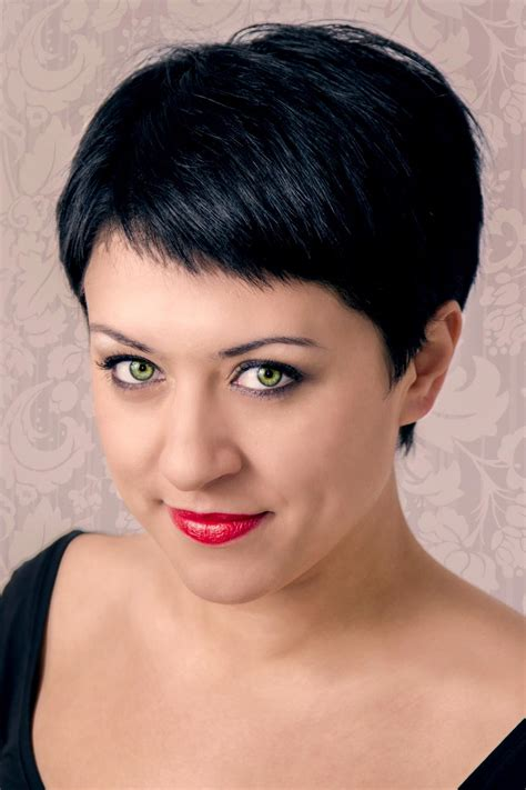 cut hair style 1000 images about hairstyles on pixie 4803