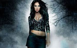 High Resolution Wallpaper: Megan Fox Amazing Wallpapers