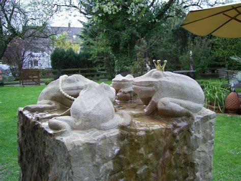 Skulpturen Im Garten by Skulpturen Kunst Gestaltung In Stein