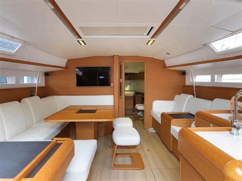 Interni Barche Realizzazione Di Allestimenti Personalizzati Per Yacht E
