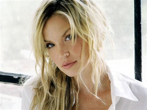 Holiday Road Trip Starring Ashley Scott On Ion Tv