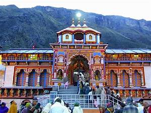 5 Hindu Holy Places in India for your Religious Tour