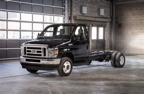 Ford V10 2020 by Your Future Rv Or Taco Truck Will A 7 3l Gas V8 2020