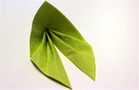 servietten falten einfach anleitung servietten falten effektvolle tischdeko schnell bis edel chefkoch de