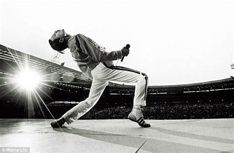Freddie Mercury Trying It On With Bono
