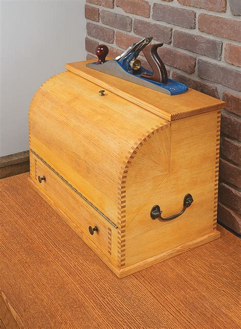 curved lid tool chest woodworking project woodsmith plans