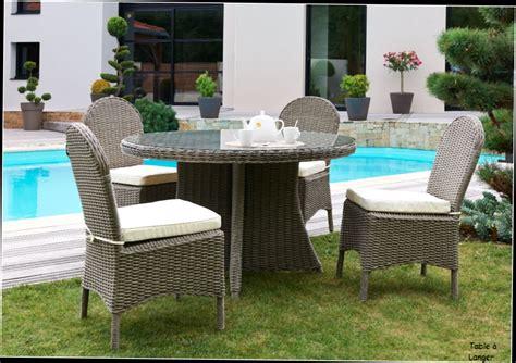 table ronde avec chaise table ronde avec rallonge bois ori salon de jardin zenith