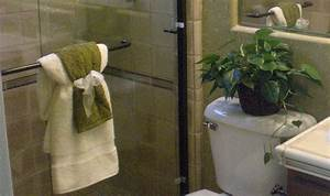 High resolution towel decorating ideas bathroom towel rack for Decorating towels in bathroom