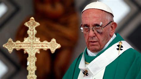pope francis sports black eye  popemobile incident