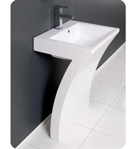 22 5 fresca quadro fvn5024wh white pedestal sink