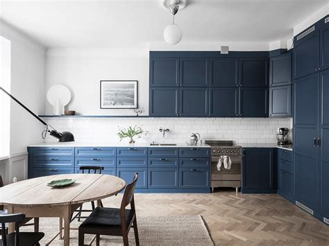 cozy home   blue kitchen coco lapine designcoco