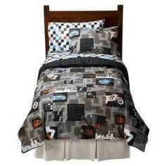 boys bedding for colin maybe