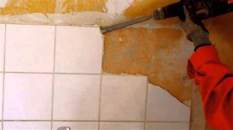 Fliesenkleber Badezimmer by Fliesenkleber Fliesen Selber Entfernen