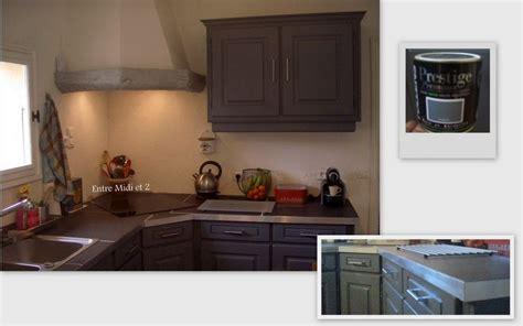 renover une cuisine rustique relooking d 39 une cuisine vieillotte et rustique avant