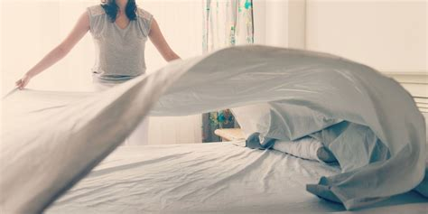 38187 lovely how to make your bed bed mistakes how to make a bed properly