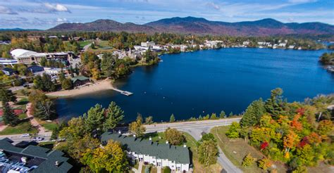 vacation rentals on mirror lake lake placid accommodations