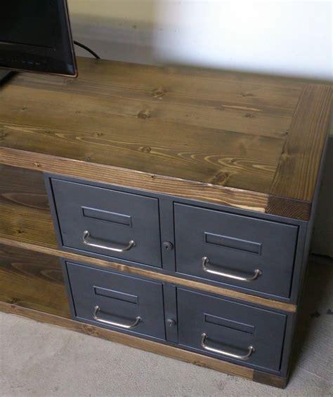 l atelier de cuisine industriel meuble tv métal et bois tiroirs