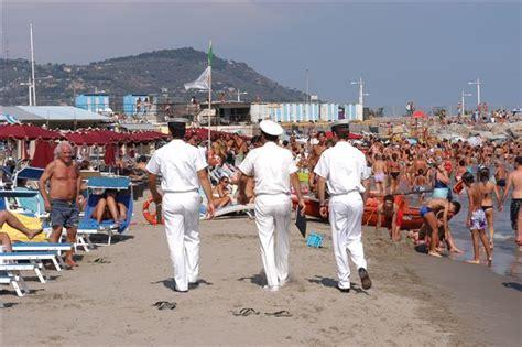 capitaneria di porto imperia stagione balneare 2014 in sicurezza ecco l ordinanza