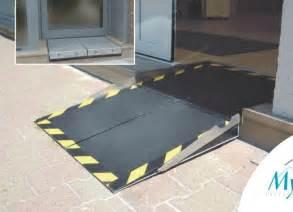 Escalier Pmr Logement by Res D Acc 232 S Pmr Escamotables Pour Personnes Handicap 233 S
