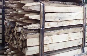 Piquet De Cloture Bois Acacia : clotures en rondins de bois grand piquets clotures bois ~ Dailycaller-alerts.com Idées de Décoration