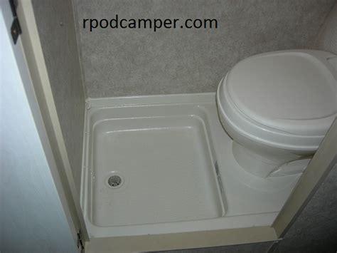 modern interior carpet   bathroom
