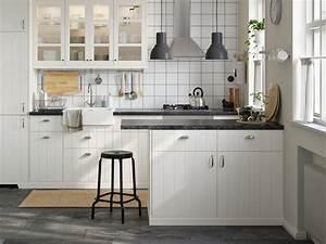 Kleine Küchen Einrichten : kleine k chen planen gestalten ~ Indierocktalk.com Haus und Dekorationen