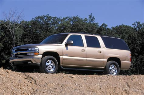 2002 Chevrolet Suburban 2002 chevrolet suburban pictures history value research