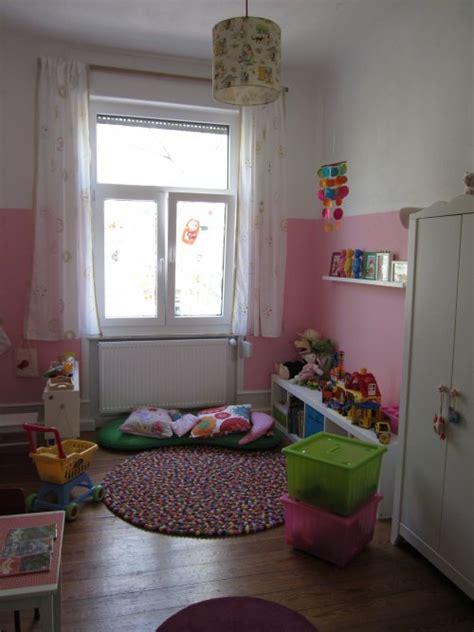 Kinderzimmer Gemütlich Gestalten by Kinderzimmer Gestalten Mit Kuscheligen Textilien Solebich De