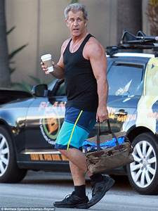 Mel Gibson shows off his muscular arms after spending two ...
