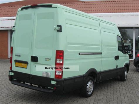 Iveco Daily 2008 Box-type Delivery Van Photo And Specs