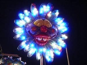 Hula hoops clown Free stock photos in JPEG