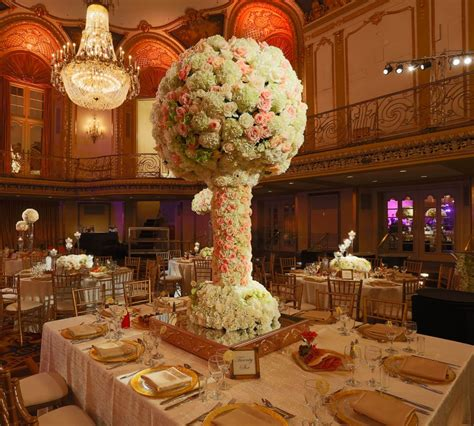 unique guest table centerpieces wedding flowers and