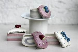 Keramikdose Mit Deckel : keramikdose tortenst cke mit deckel nostalgie dekodose vorratsdose 4er set ~ A.2002-acura-tl-radio.info Haus und Dekorationen