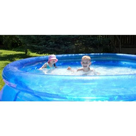 la piscine gonflable le type de piscine le moins cher