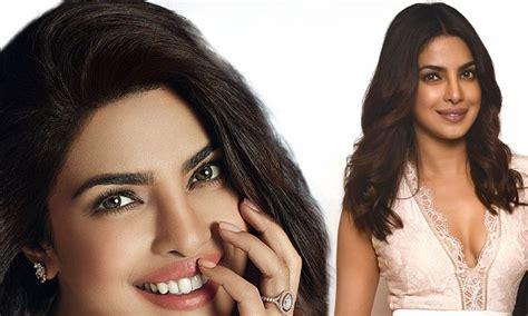 priyanka chopra flaunts engagement ring daily mail