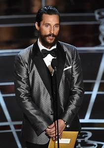 Matthew McConaughey presents at the 2015 Oscars|Lainey Gossip Entertainment Update