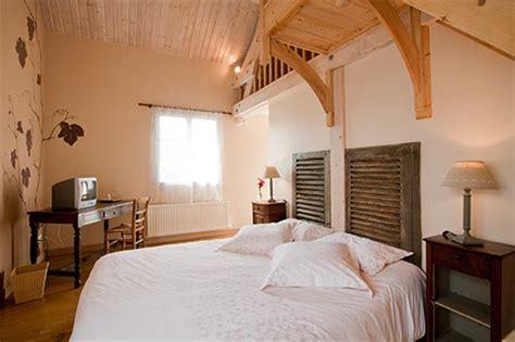 chambres d hotes autrans chambre hotes et gîte beaune domaine de la combotte