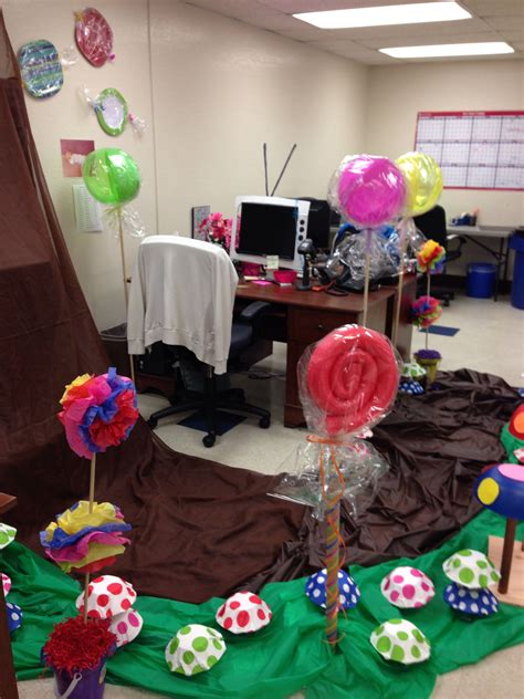Willy Wonka Decorations by Decorating For A Coworker S Birthday The Theme Is