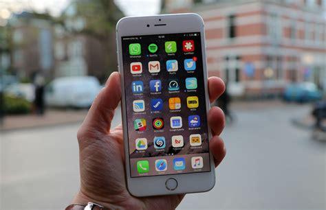 Apple iPhone, sE od 4 990 K (80)