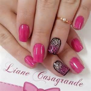 Cute pink nail designs for pretty